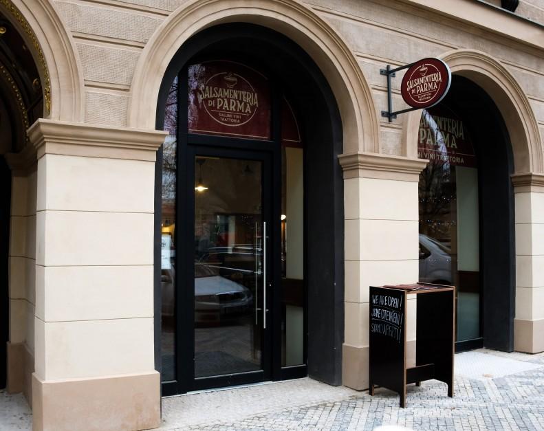 Salsamentaria di Parma v Praze 1, Kozí ulice | Dejsiprostor
