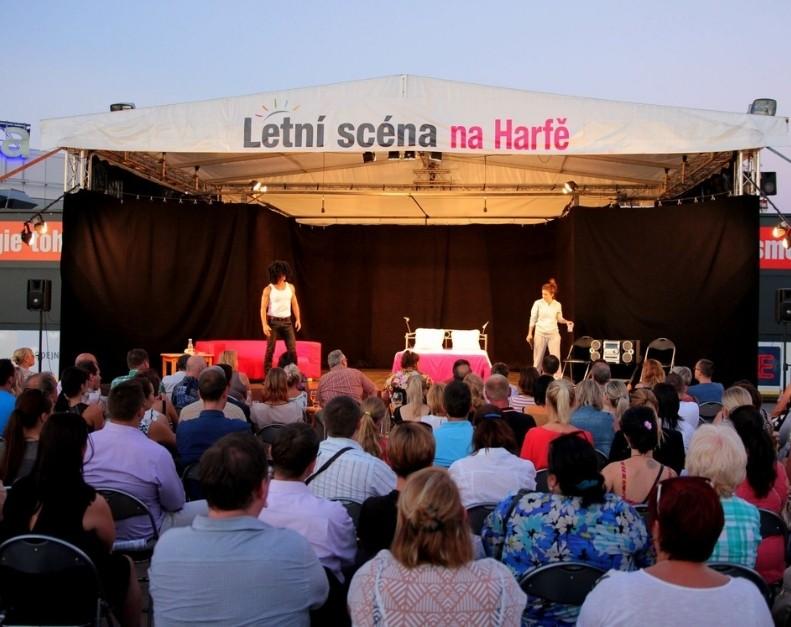 Terasy Harfa s novými koncepty a zajímavým letním programem | Dejsiprostor