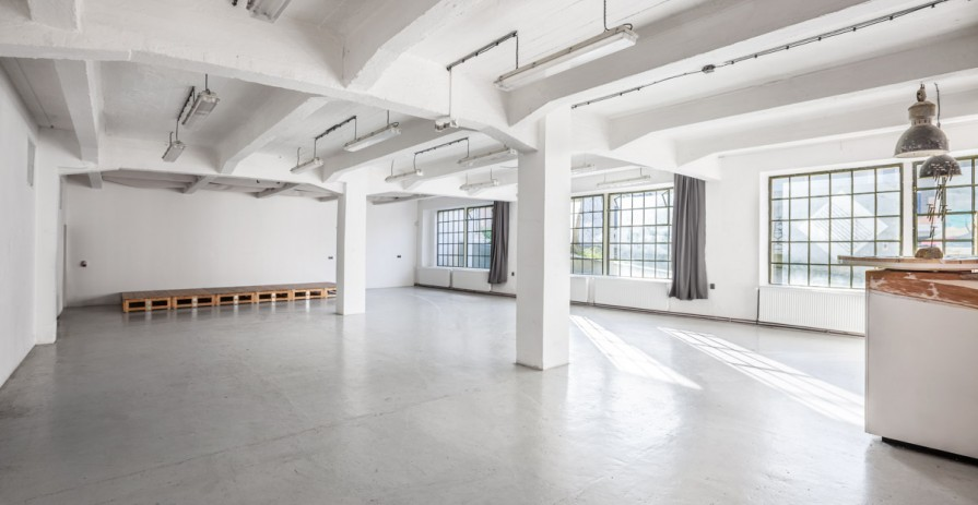 Industrial space for cultural and corporate events, Prague 9