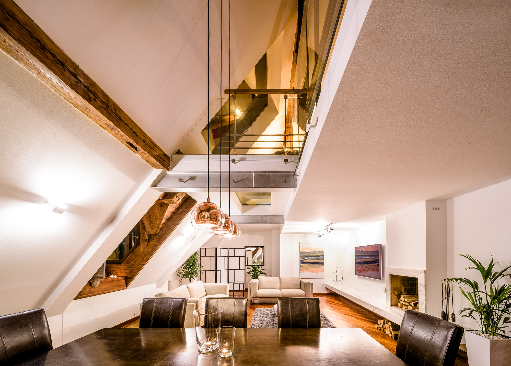 Stylish penthouse with terrace in Old Town Square