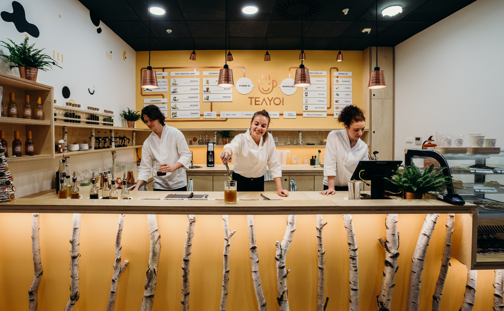 Gastro obchodní jednotka k pronájmu v OC stromovka