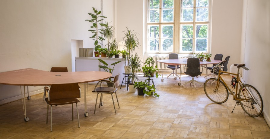 Office for long-term lease in an old industrial school in Brno