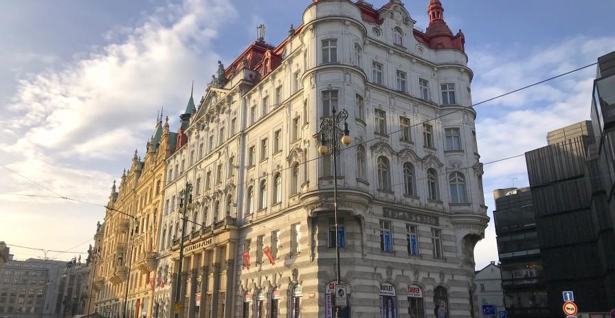 Dočasné kanceláře na Náměstí Republiky - od 118 do 460 m2
