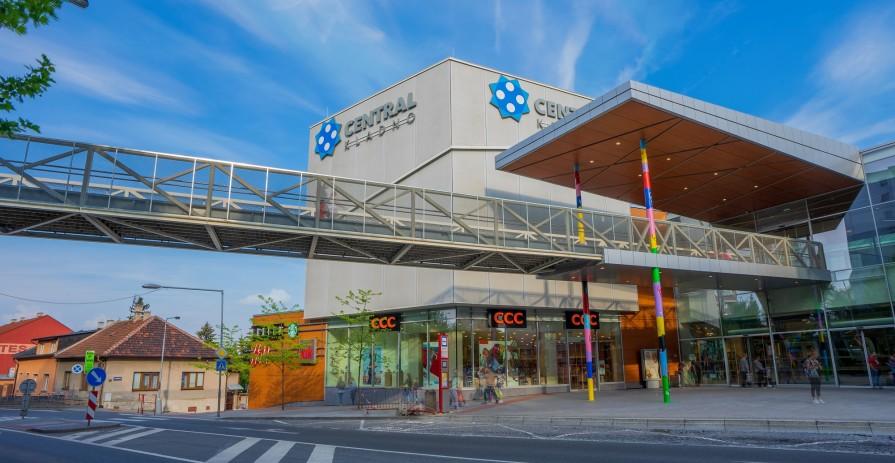 Pronájem obchodního prostoru v nákupním centru Central Kladno - od 20 do 300 m2