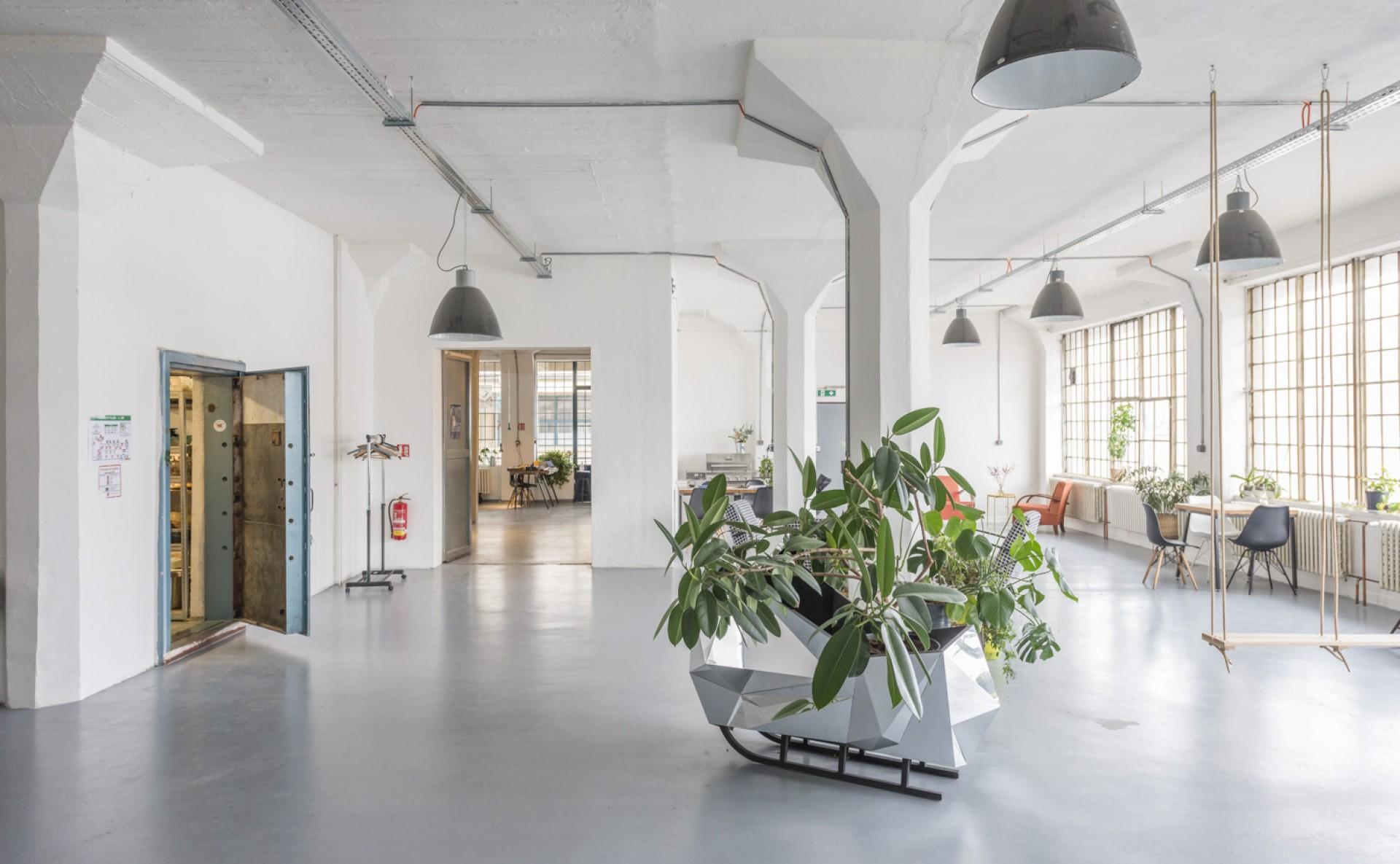 Industriální prostor k pronájmu na akce Praha 9