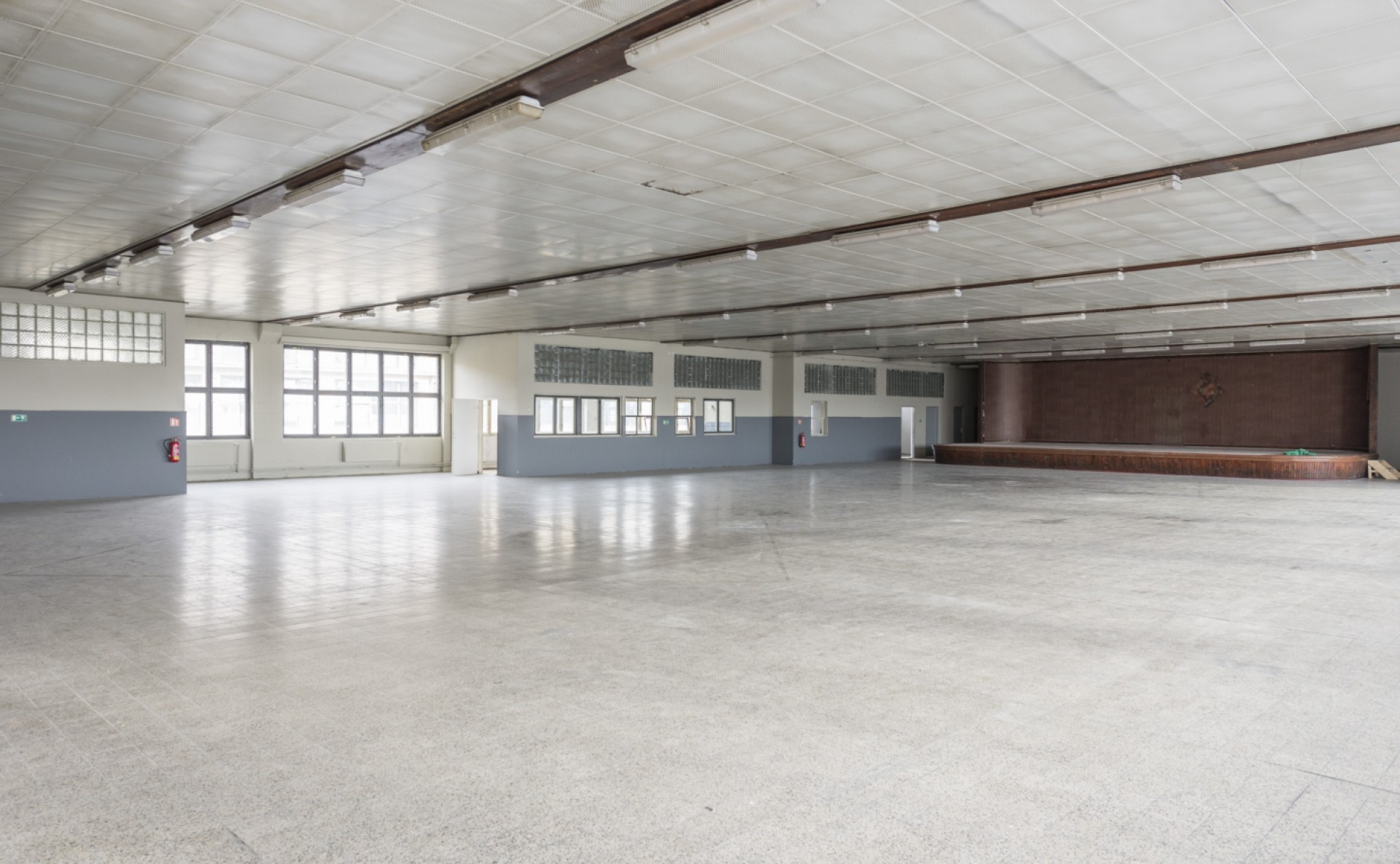 Industrial hall for rent, Prague