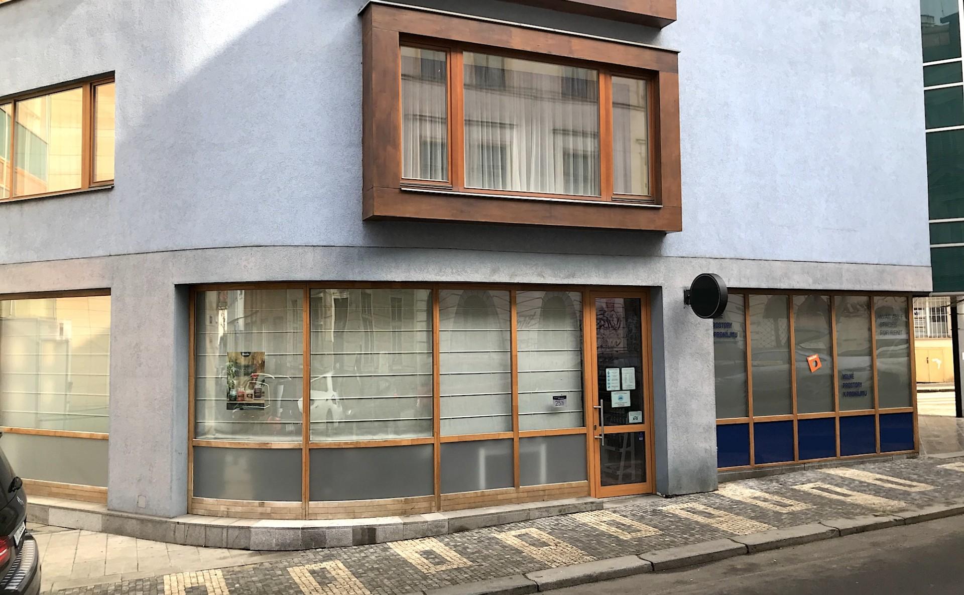 Shop for rent Prague 2
