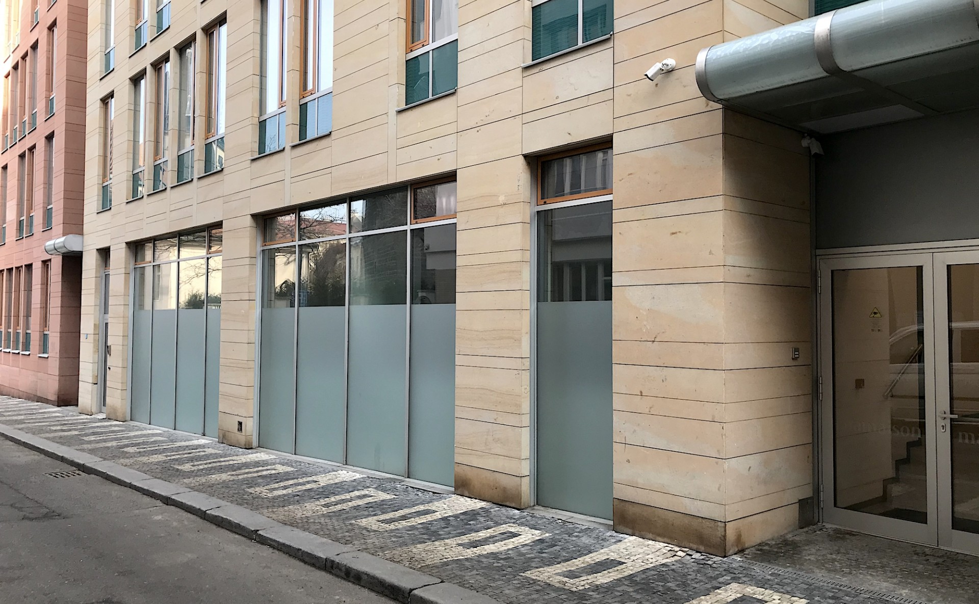 Commercial space for rent Prague 2