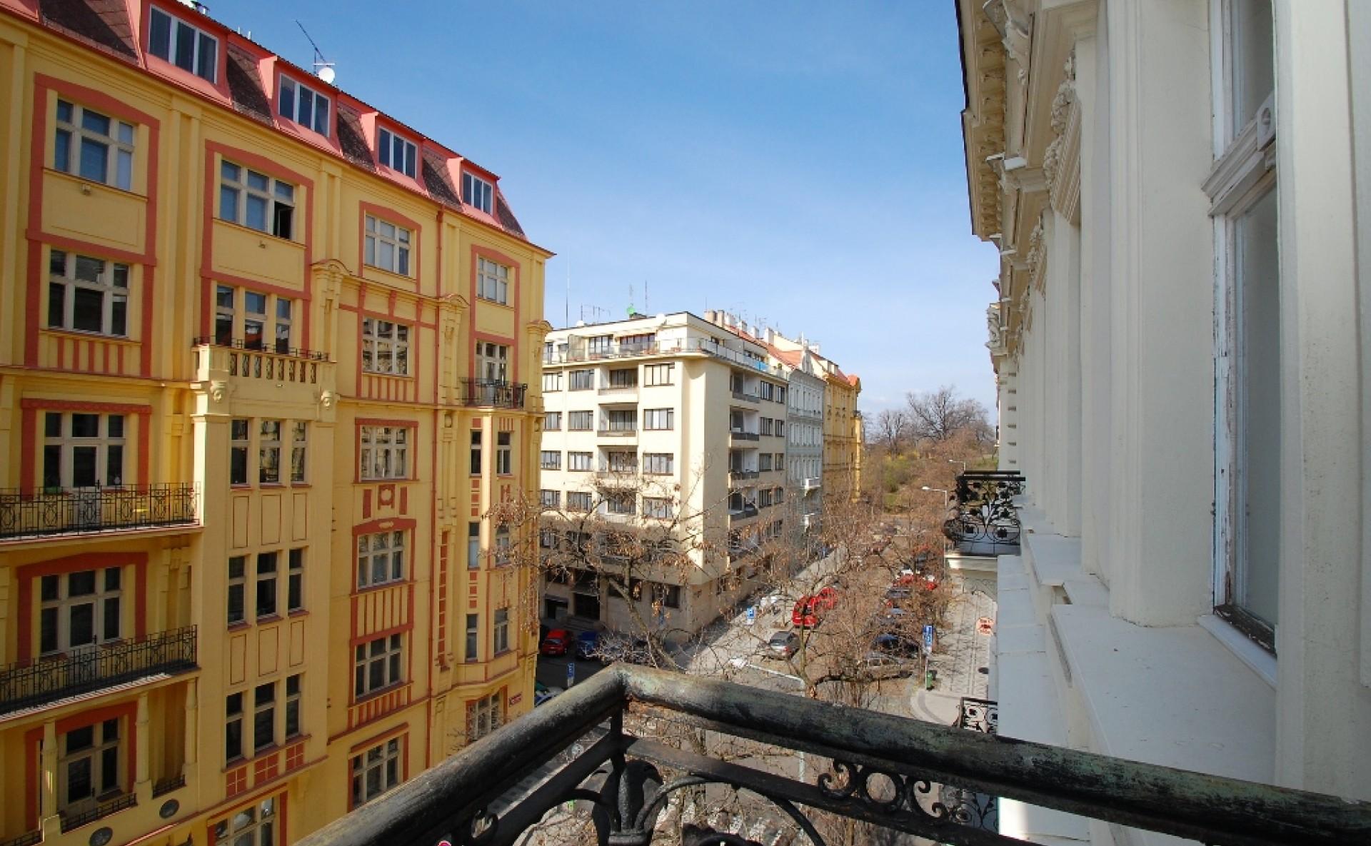 Pronájem kanceláře Praha 2 Vinohrady Mánesova