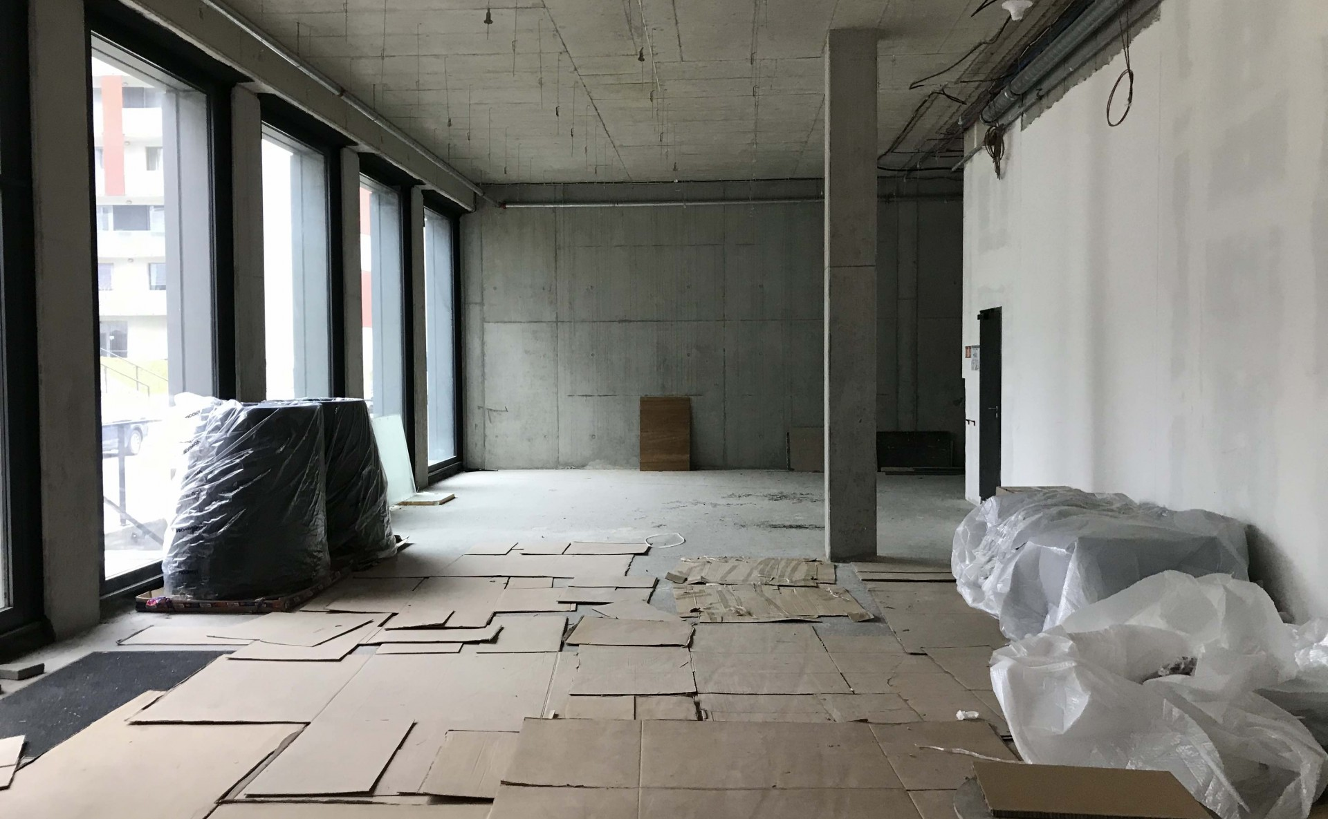 Obchod nebo showroom pronájem Praha 8