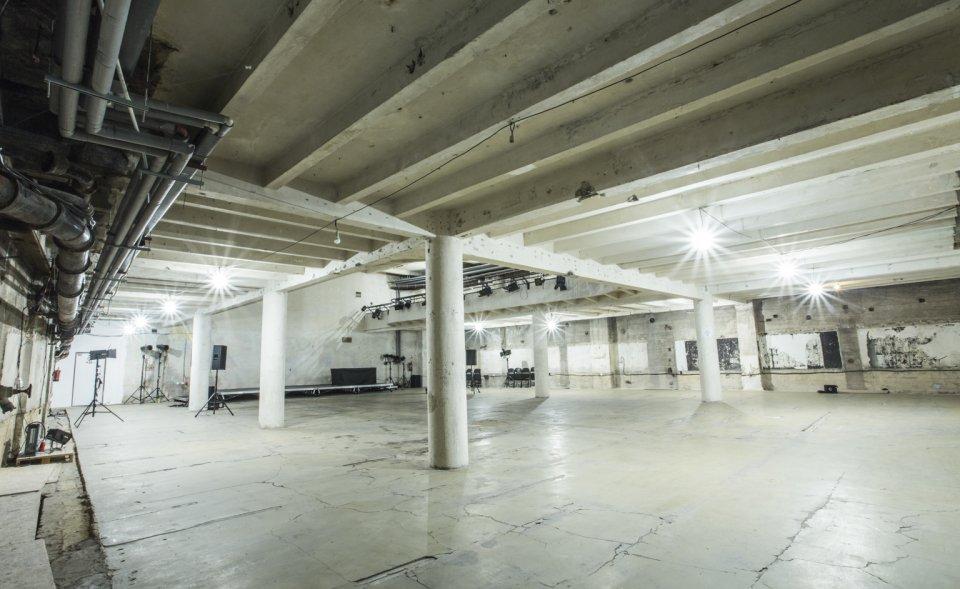 Nevídaný industriální konferenční prostor v pražském podzemí, Praha 1