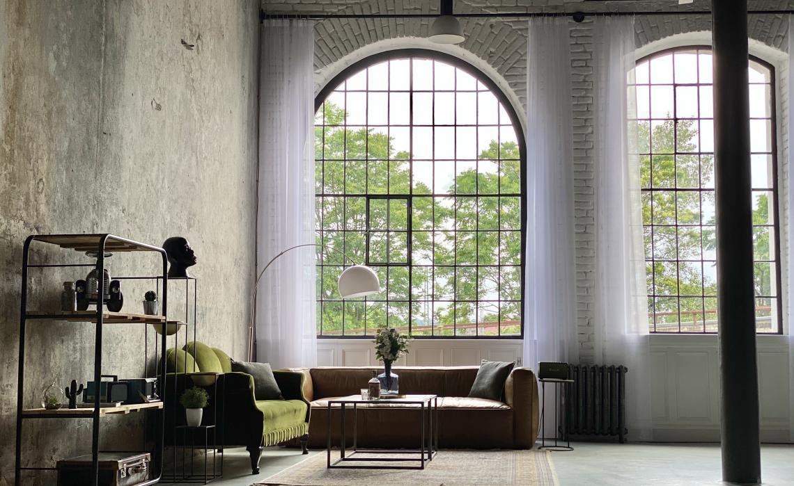 Industriální konferenční prostory s loftovými okny