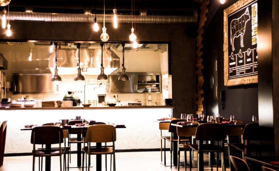 PRONAJATO / Nově vybudovaná restaurace s otevřenou kuchyní, Vinohrady