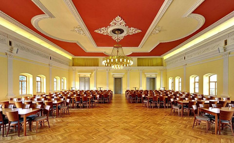 Unique historical hall for rent in Smíchov