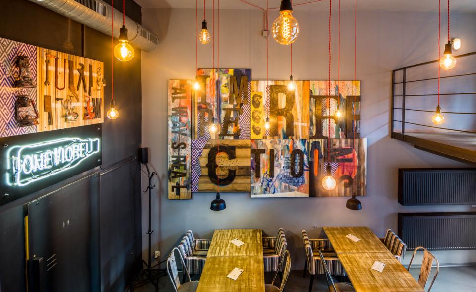 Prodej zavedené restaurace, Náměstí Míru