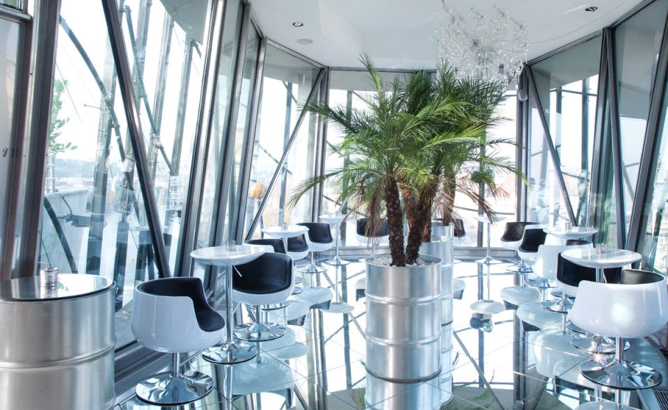 Glass bar with terrace for events, Dancing house