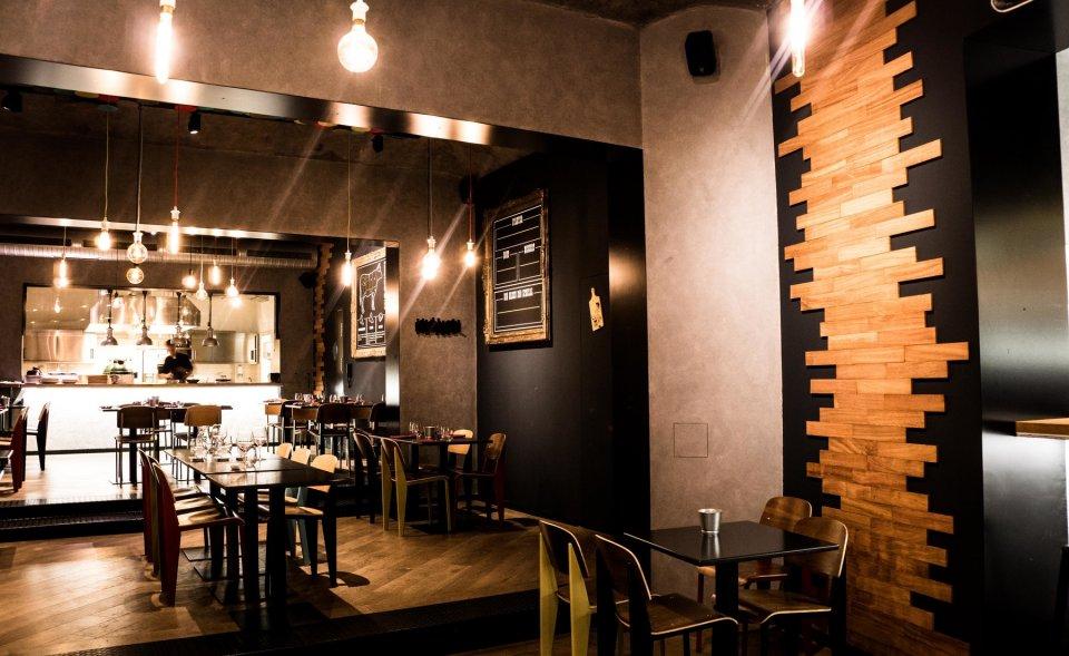 Nově vybudovaná restaurace s otevřenou kuchyní, Vinohrady