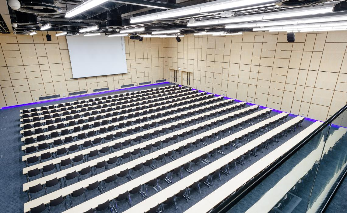 Large-capacity conference hall in the O2 Universum